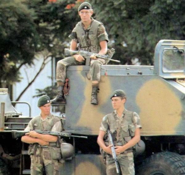 une grande unitee : Le Rhodesian Light Infantry Rli10