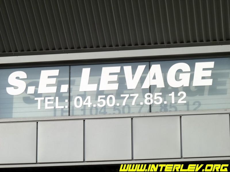 Les grues de S.E. LEVAGE (France) Se_lev11