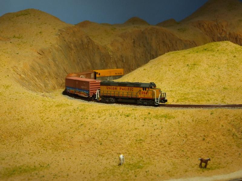 The Happy Loop Railroad - Page 9 Dscf5011