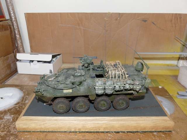 M1130 Stryter Commmand Venicle  1-35 scale - Page 4 P1070011