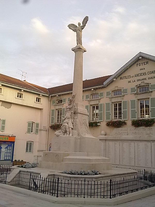 [Histoires et Histoire] Monuments aux morts originaux Français Tome 1 - Page 6 Photo016