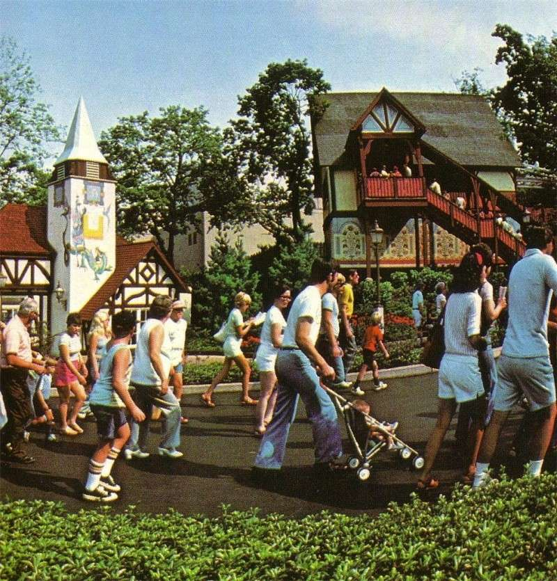 "SPECIAL FEATURE: From ""Hershey Park"" to ""Hersheypark"" - A Look from 1971 to 1973 47286910"