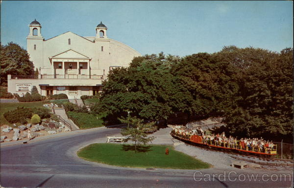 "SPECIAL FEATURE: From ""Hershey Park"" to ""Hersheypark"" - A Look from 1971 to 1973 Card0012"