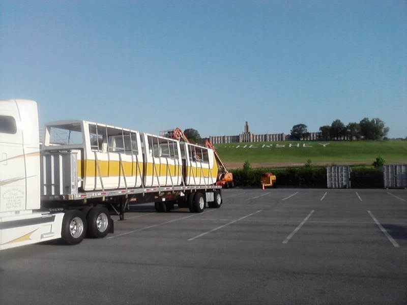Hersheypark purchases Six Flags Magic Mountain's old Metro trains Sfmm_m10