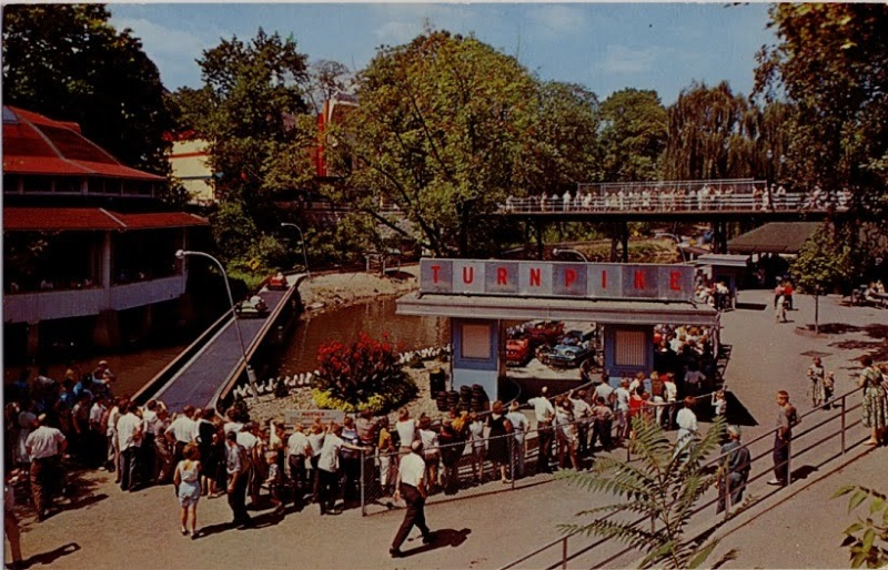 "SPECIAL FEATURE: From ""Hershey Park"" to ""Hersheypark"" - A Look from 1971 to 1973 Turnpi10"