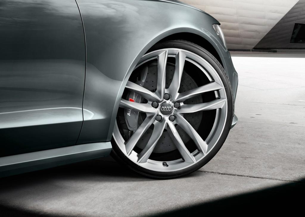 2012 - [Audi] RS6 [C7] - Page 3 Audi_r10