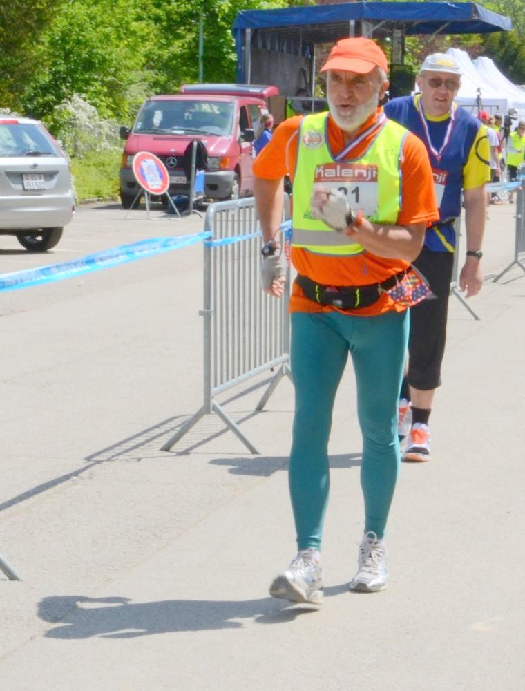 - 12 et 13 mai 2012 : 24 h de Dijon  - Page 2 Bou_4829