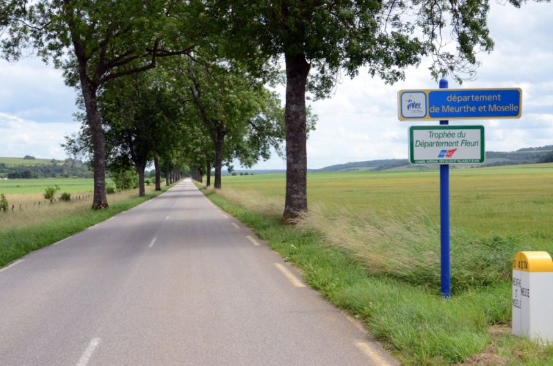 PARIS-COLMAR DU BORD DE LA ROUTE 4 - VAUCOULEUR km260 Bou_6826