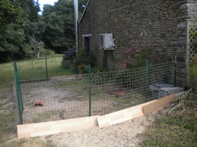 L'enclos de Bree (et d'Orson si il revient...) Aout2010