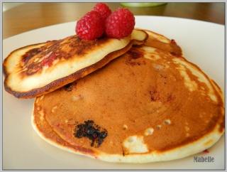 Crêpes épaisses (pancakes) aux fruits Crapes10