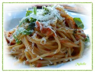 Spaghettini aux trois tomates Dscn0513