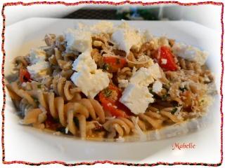 Pâtes au basilic et aux tomates fraiches Dscn0618