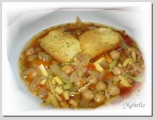 Soupe aux pois chiches et pâtes Soupe_14