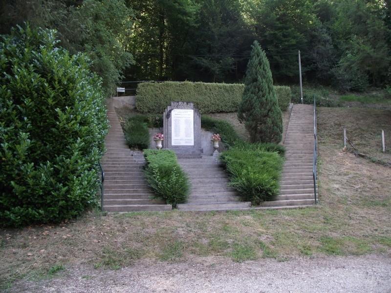 Le monument au Pont-Lasveyras 10710