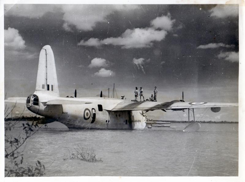 """[Les anciens avions de l'aéro] Hydravion SHORT """"SUNDERLAND"""" Dakar014"""