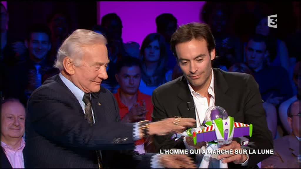 FR3 - 09 septembre 2011 - Aldrin en invité 5buzz10