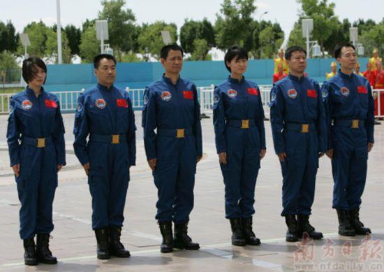 16 juin 2012 - Shenzhou 9 : nouveau vol Chinois habité 79634910
