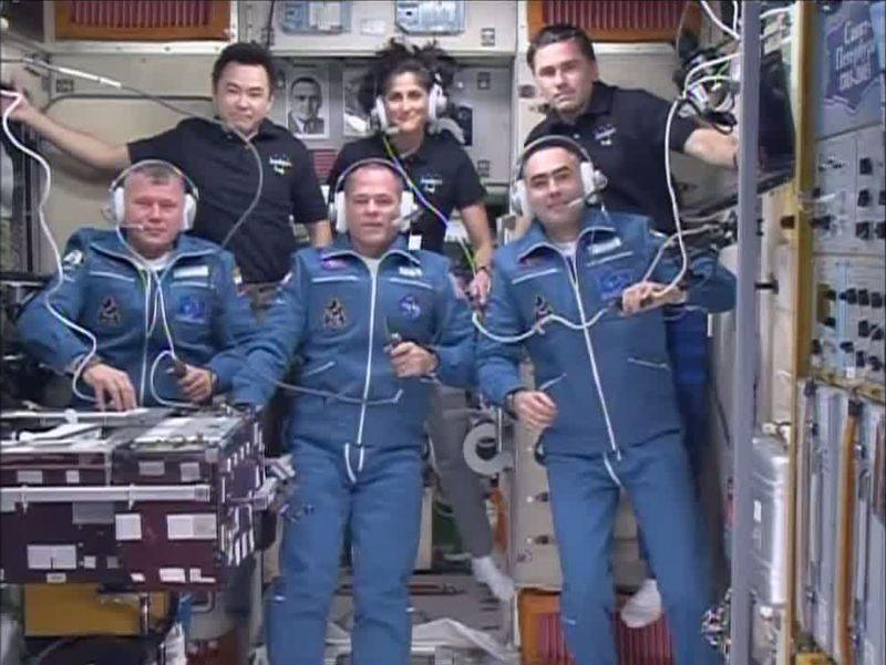 Expedition 33 - Soyouz TMA-06M - Septembre/octobre 2012 - Page 2 Arriva10