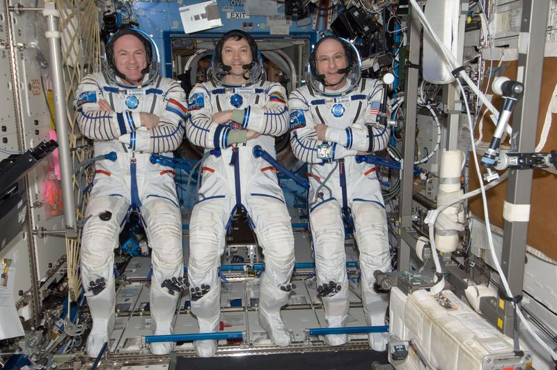 Expedition 31 - Soyouz TMA-04M Iss03112