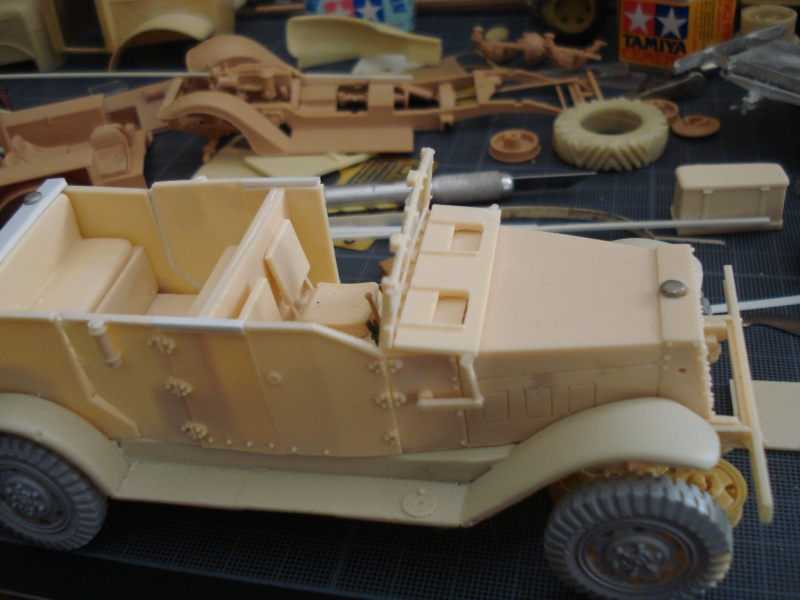 montage kit 1/35 scout car T7  - Page 2 Dsc06832