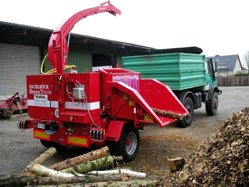 unimog mb-trac wf-trac pour utilisation forestière dans le monde - Page 5 2hacke10
