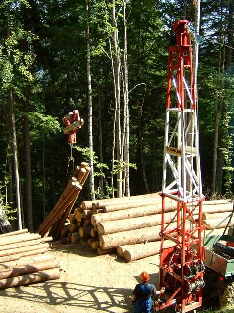 unimog mb-trac wf-trac pour utilisation forestière dans le monde - Page 6 Cable_10