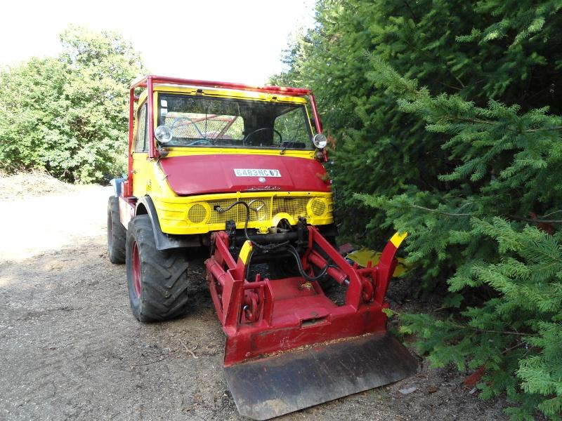 Montage forestier d'un MB Trac 800 Dsc00010