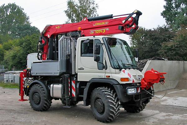 unimog mb-trac wf-trac pour utilisation forestière dans le monde - Page 20 Greife10