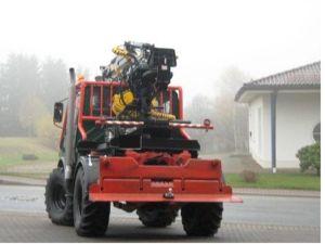 unimog mb-trac wf-trac pour utilisation forestière dans le monde - Page 20 Holzmo10