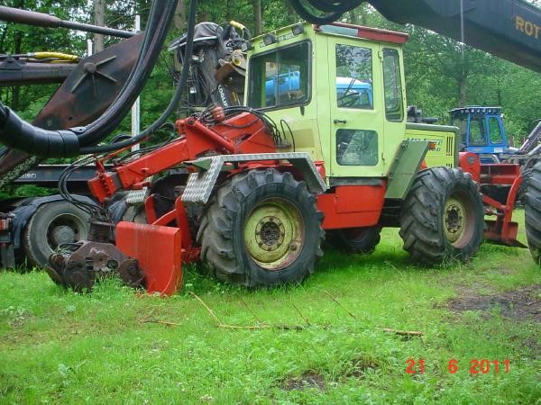 unimog mb-trac wf-trac pour utilisation forestière dans le monde - Page 6 Mb-tra10