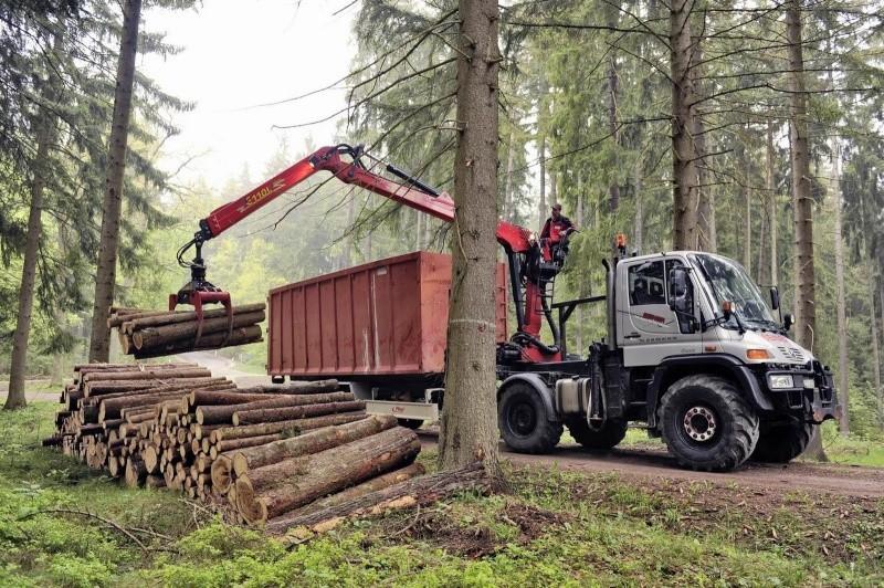 unimog mb-trac wf-trac pour utilisation forestière dans le monde - Page 6 Merced14