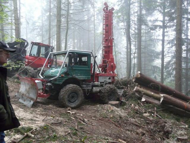 unimog mb-trac wf-trac pour utilisation forestière dans le monde - Page 19 Seilkr10