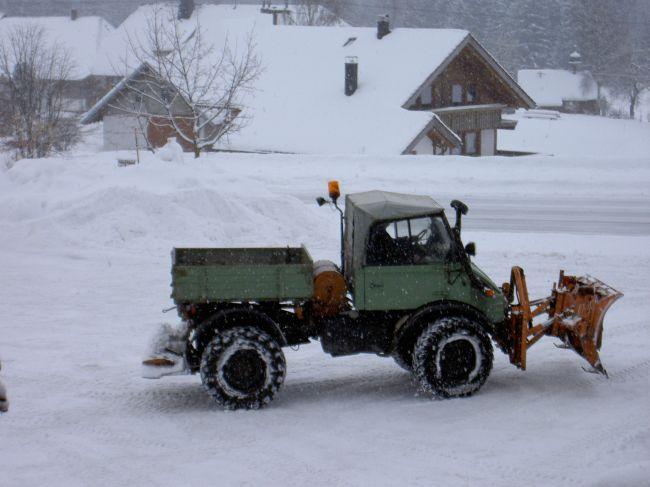 unimog mb-trac wf-trac pour utilisation forestière dans le monde - Page 20 Unimog25