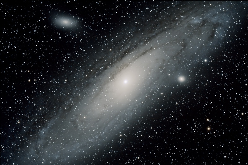 Une petite M31 pour essayer mon 40D M31_dd10