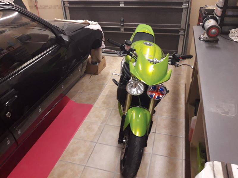 Vous rouler aussi à moto ... Montrez nous vos belles  - Page 2 15264010
