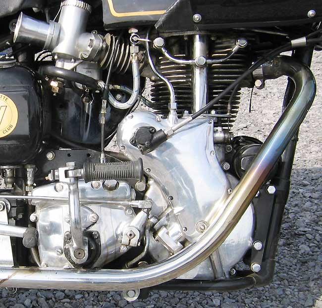 les plus beaux moteurs - Page 4 Truxto10