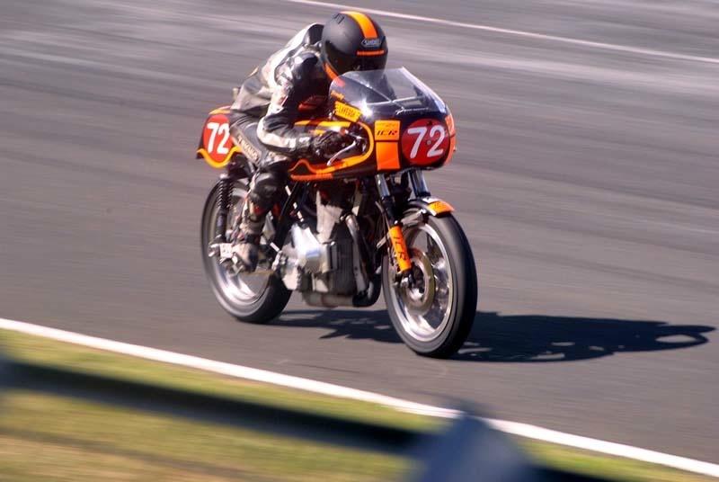 Racer Laverda Icr_210