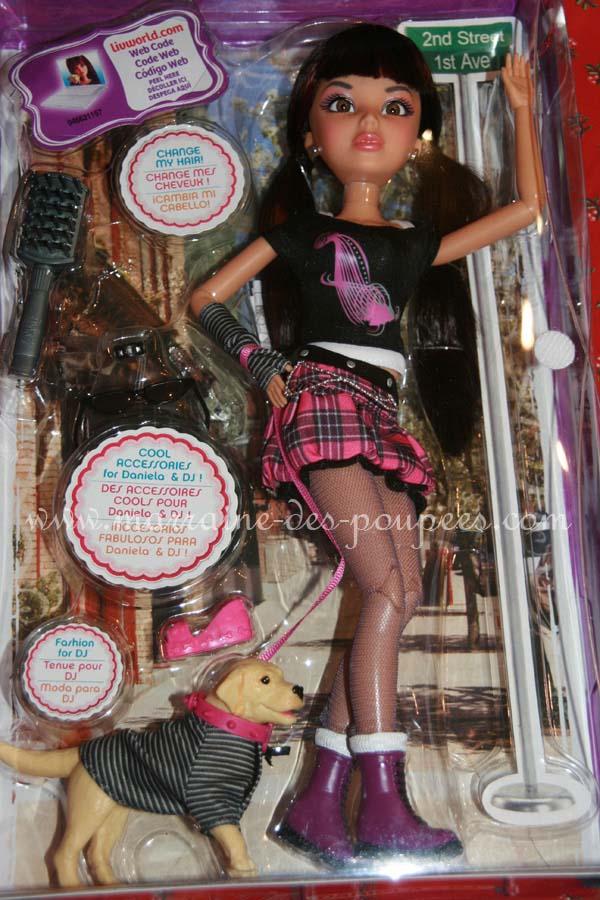 Mes poupées LIV 03052010