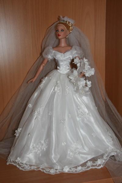 Les poupées mariées - Page 3 17_avr14