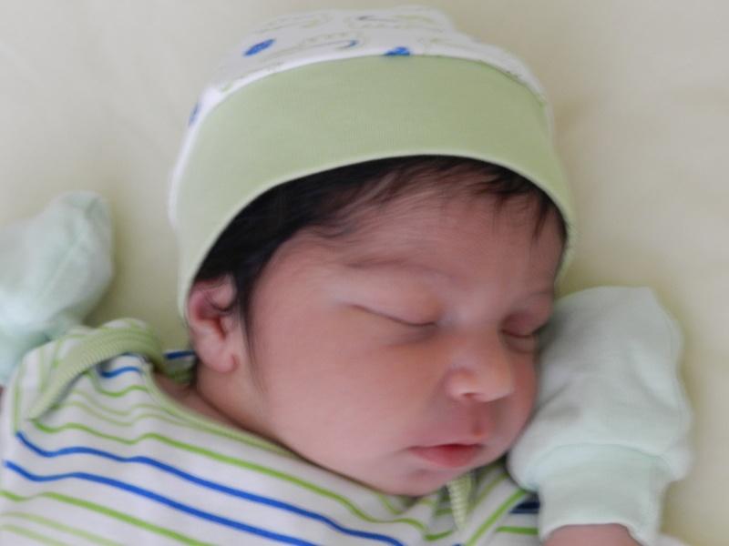Bébé est arrivé Mika_910
