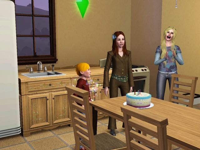 A vos plus belles grimaces mes chers Sims! - Page 5 Laura012
