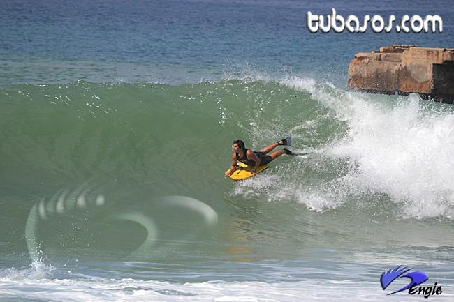 Gas Chambers y Crash Boat - 7 Noviembre 2011 Gastu910