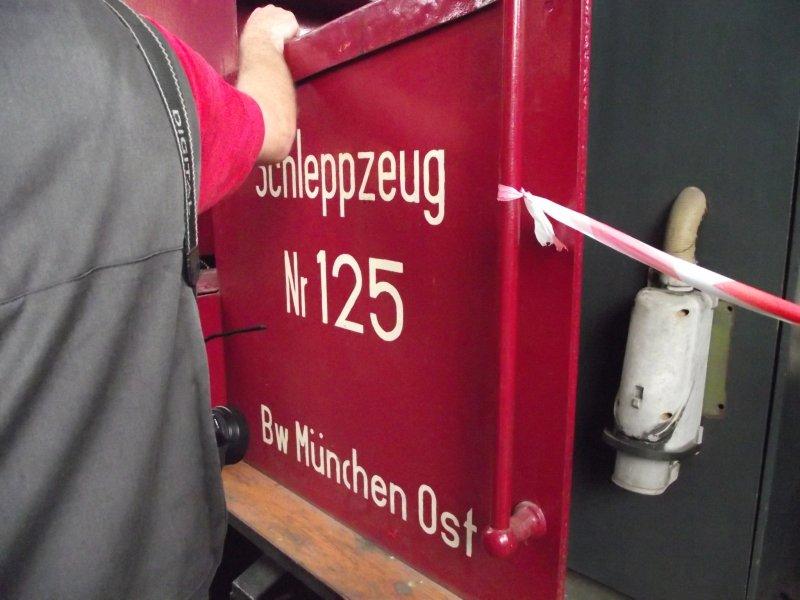 "Das ""Akku-Schlepp-Fahrzeug"" , ASF Bp-a_107"