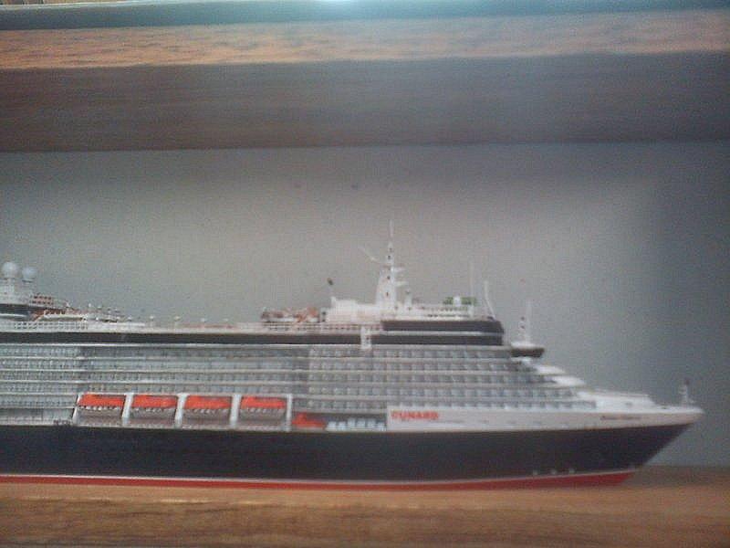 Queen Victoria 1:1250 Dsc00030