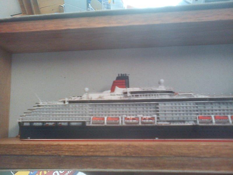 Queen Victoria 1:1250 Dsc00031