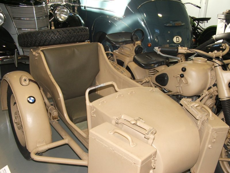 BMW R12 with sidecar Dscf0312