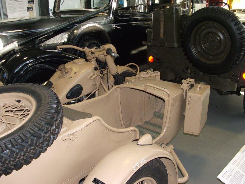 BMW R12 with sidecar Dscf0314