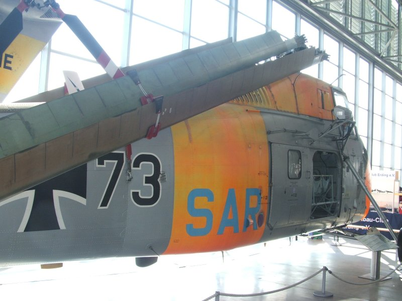 """Bell UH-1C """"Huey"""" Von MRC in 1:35 Dscf3415"""