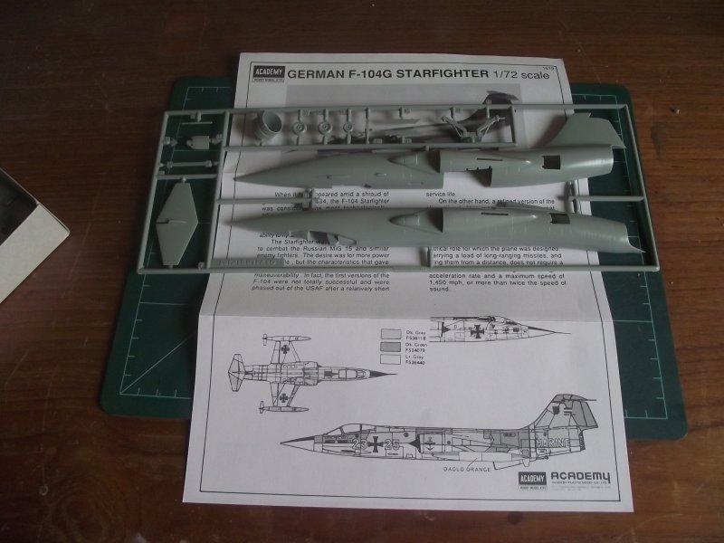 ACADEMY 1.72 F-104G Starfighter F104_012