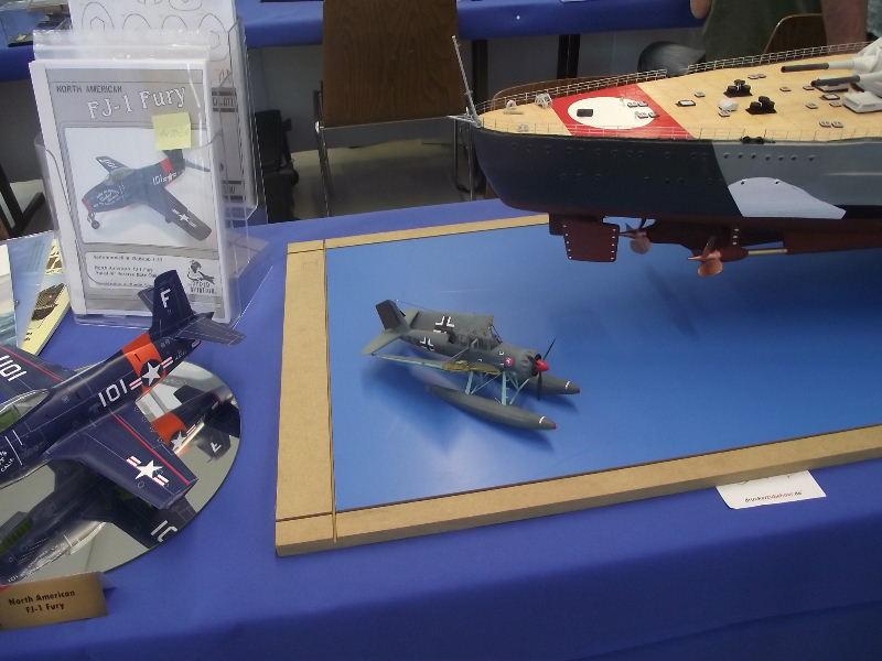 Bismarck 1:100 Karton. Fw120120